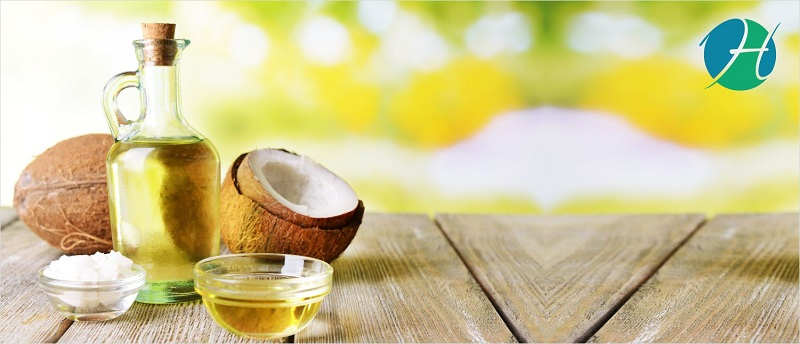 The Top 4 Reasons We All Should Be Enjoying Coconut Oil