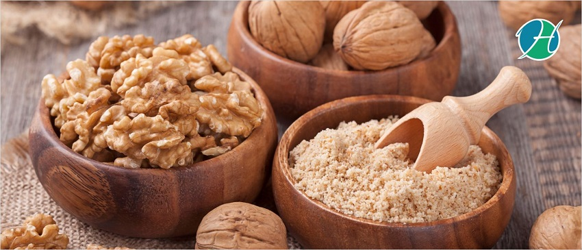 The Top 4 Reasons to Add Walnuts to Your Diet