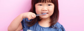 Small thumb prevent cavities in kids
