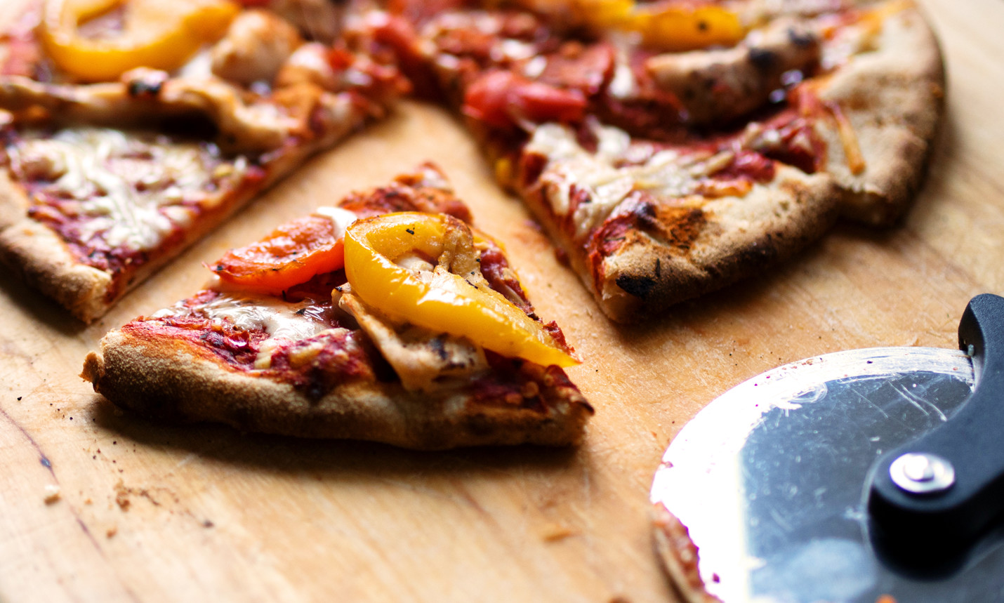 Eating junk food increases cancer risk pizza