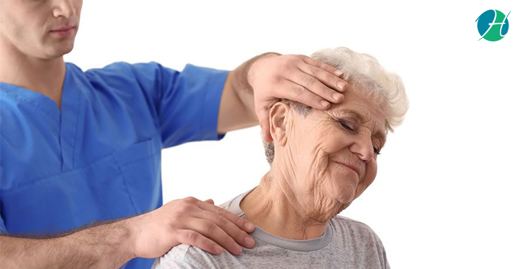 How Chiropractors Can Help Elderly After a Fall
